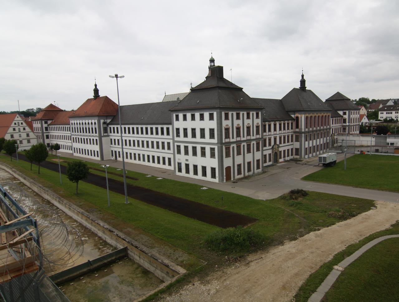 Neubau Versorgungszentrum und Sporthalle, Justizvollzugsanstalt Kaisheim