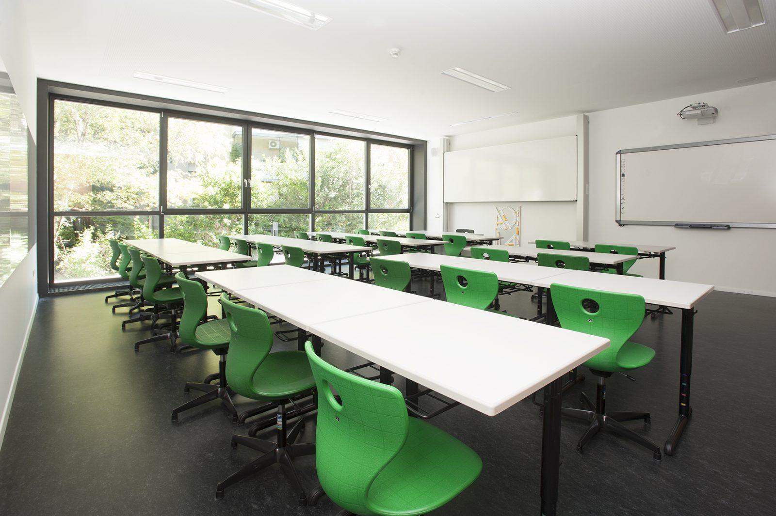 Gymnasium G. Carducci, Bozen