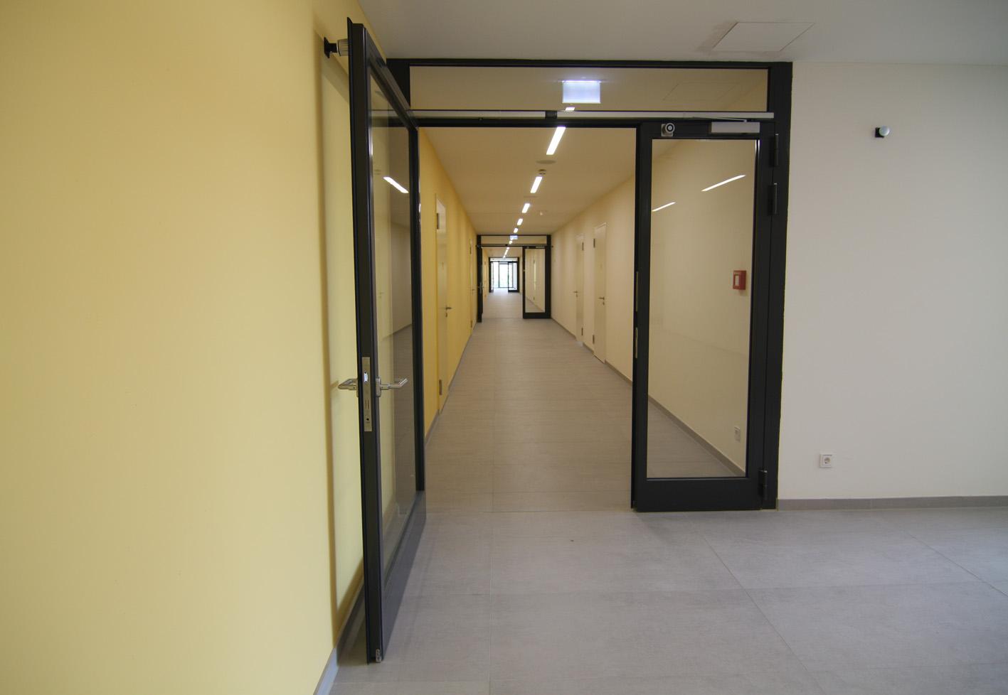 Pöcking, Neubau Lehrsaal- und Dienstgebäude
