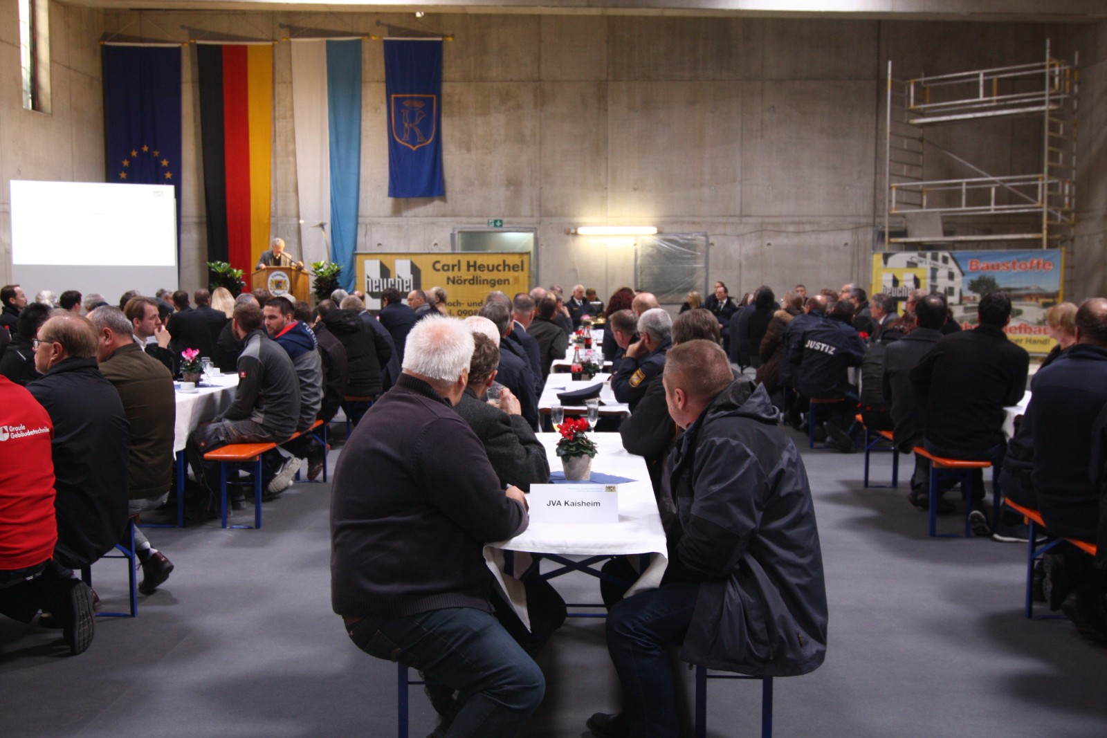 Richtfest Neubau Versorgungszentrum in der JVA Kaisheim