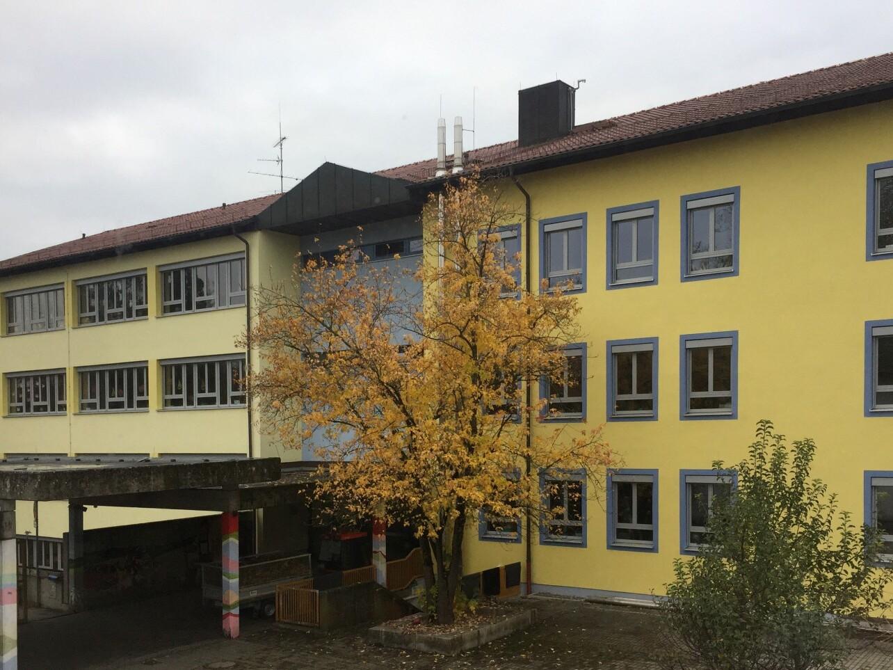 Wolfratshausen, Grund- und Mittelschule