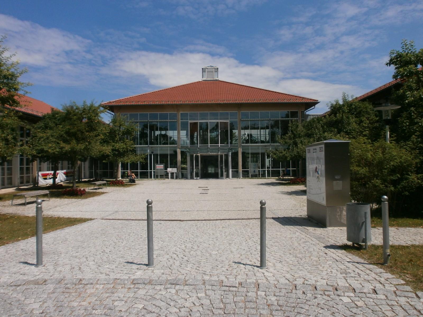 Ansicht Sportschule Oberhaching Bestandsgebäude