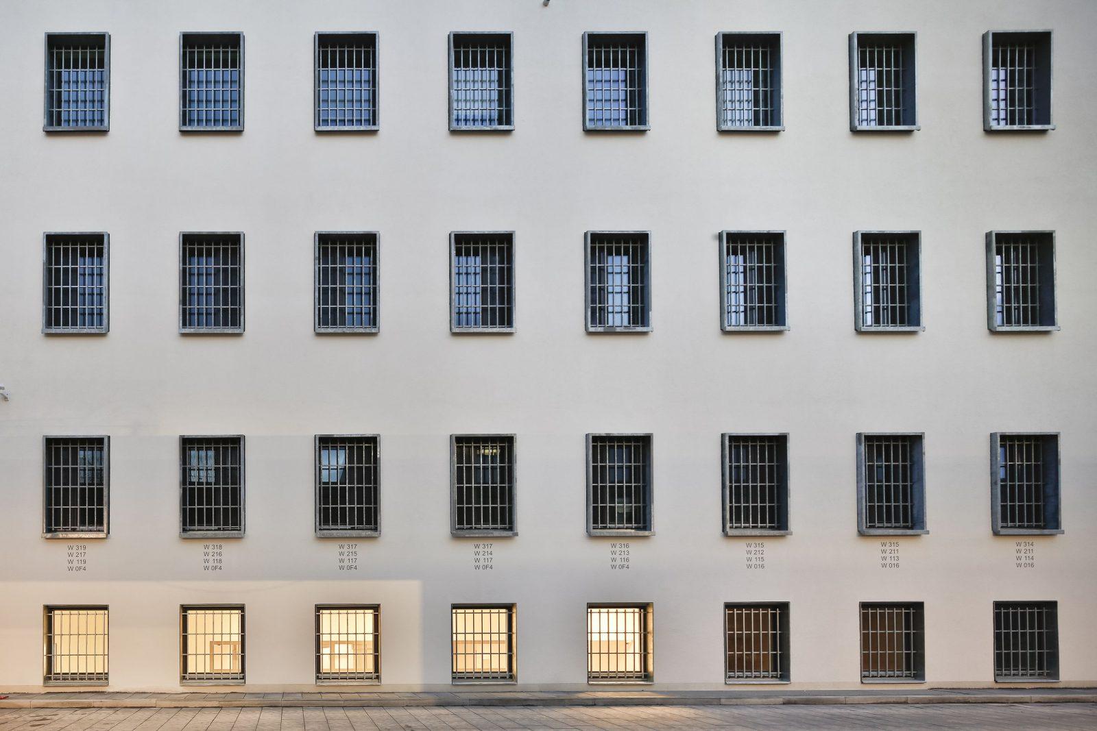 Justizvollzugsanstalt Regensburg, Neubau Westbau